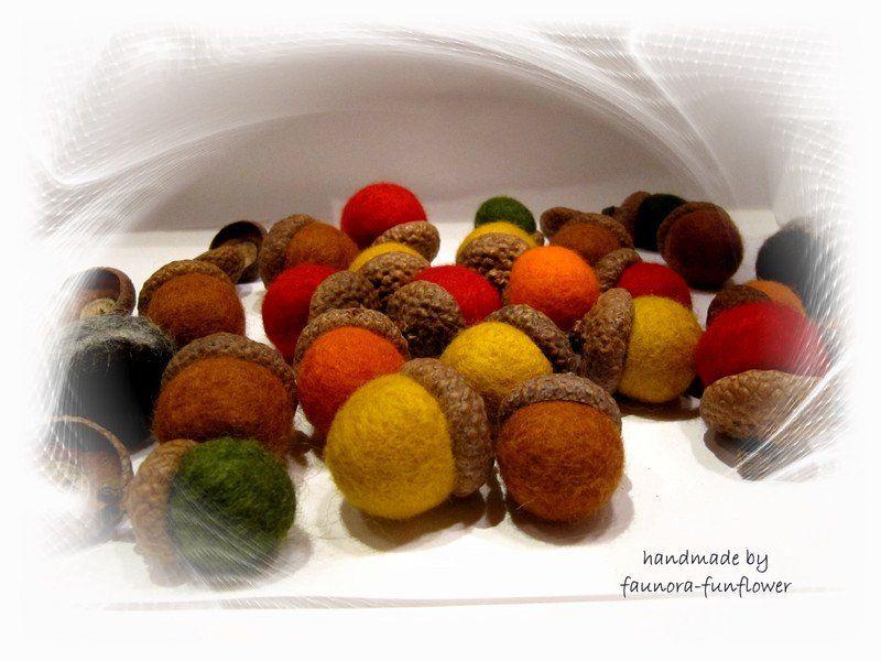 Deko-Obst - Eicheln gefilzt mit Naturkappen Indian Summer - ein Designerstück…