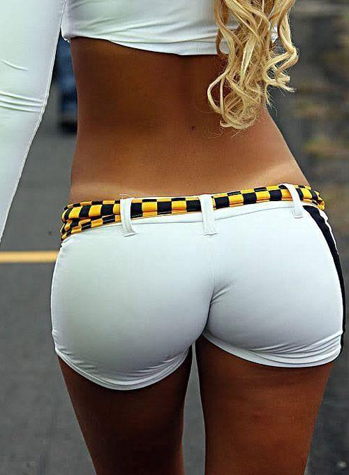 Girls with nice ass