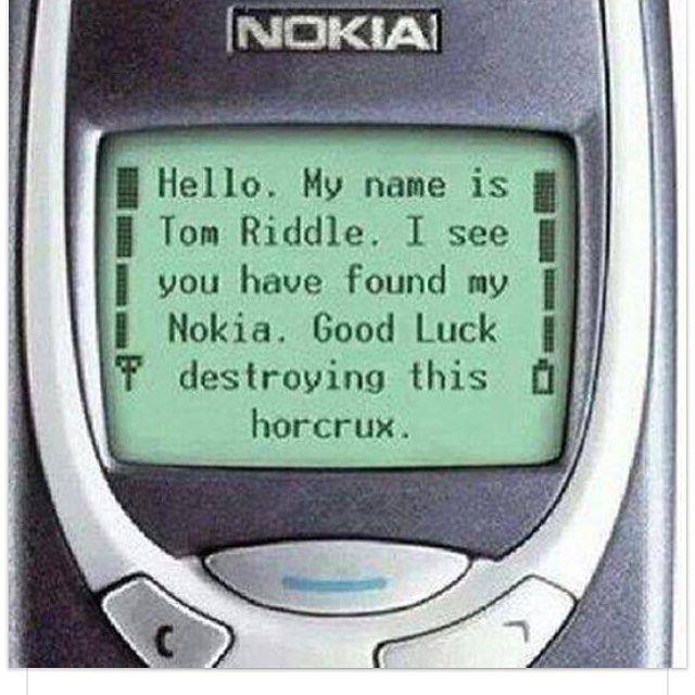 Aquele celular que dura uma eternidade.... E quase  impossível de destruir (estilo horcrux do Harry Potter) #materniarte #celularquedura #impossivelquebrar