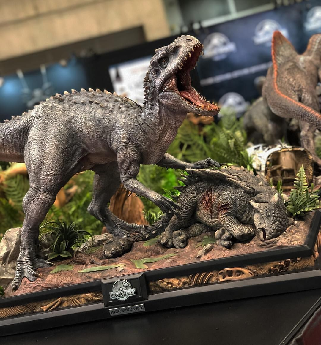This Is Quite Interesting Early In Preproduction There Was Going To Be A White Indoraptor T Jurassic World Dinosaurs Jurassic Park World Jurassic Park Movie