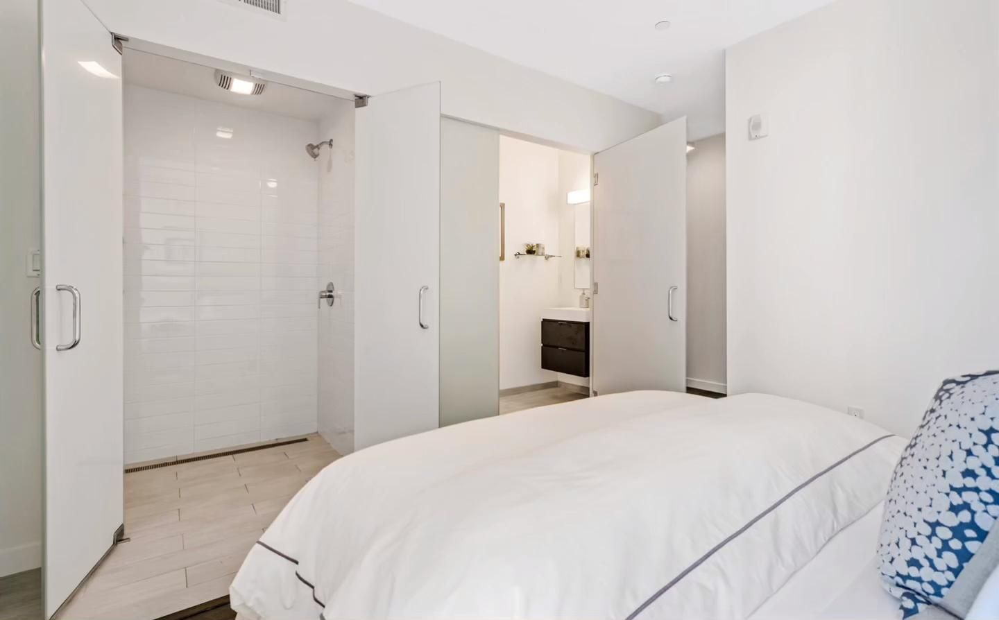 Unique + sleek, like the architect who created 1515 15th Street - Stanley Saitowitz! Congrats to Hanna Jung's client for buying this amazing 2 bed, 2 bath condo and thank you for making it a smooth transaction!  #justsold #stanleysaitowitz #condo #sfcondo #innermission #sfrealestate #sanfranciscorealestate #onlyinsf #bayarearealestate #sfliving #cityliving #sflife #sanfranciscolife #sanfranciscoliving #streetsofsanfrancisco #onlyinsanfrancisco #realestatedonedifferently
