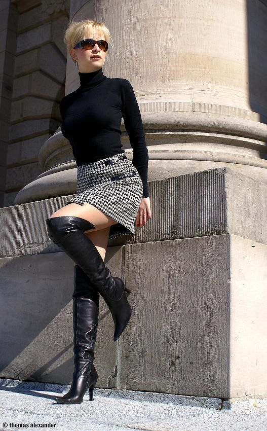 Outfit Black And Houndstooth Boots Sweater Skirt Otk MVpGUzqS