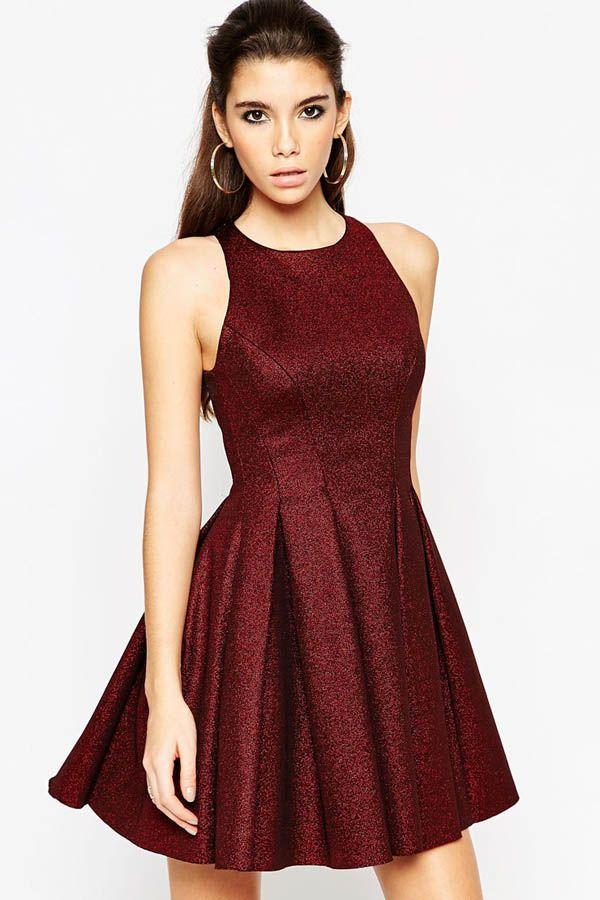 Robe de cocktail couleur rouge