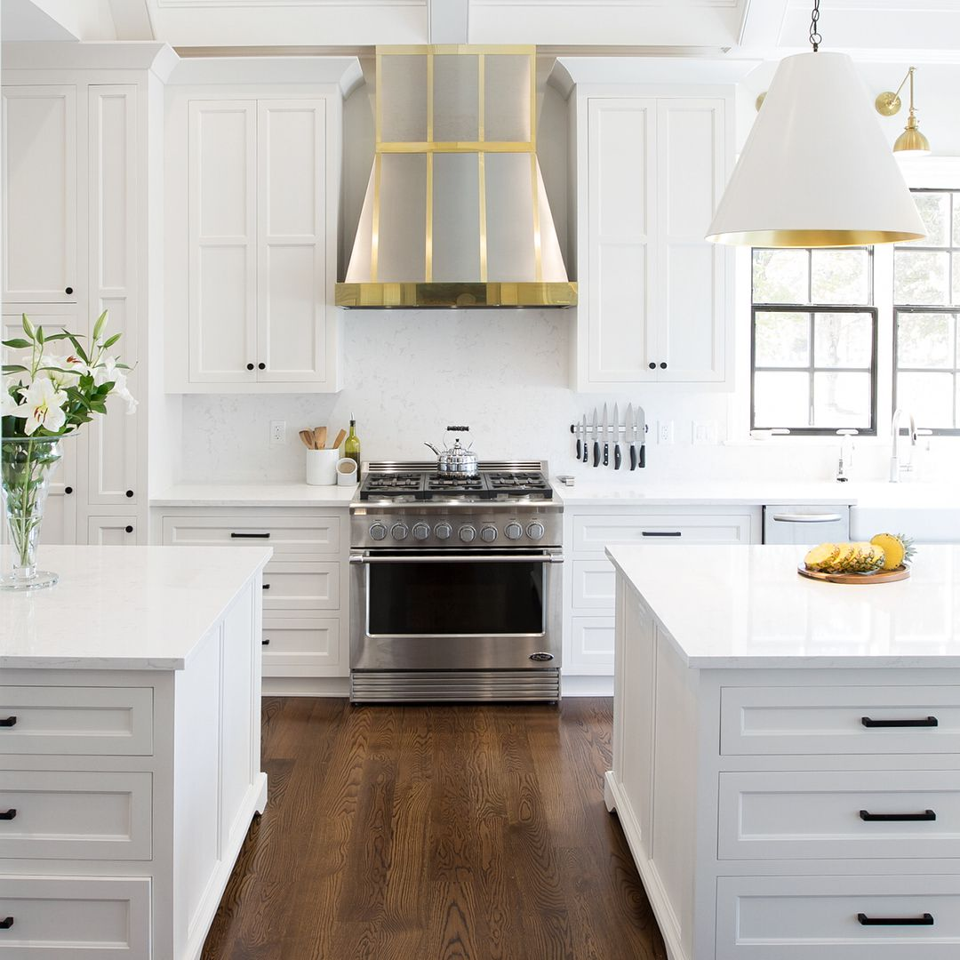 White And Gray Is The Perfect Palette To Showcase Mixed Metals And Brass Accents In Grand Fashion Swipe For More Views Of This Stunning Space Featuring Side B