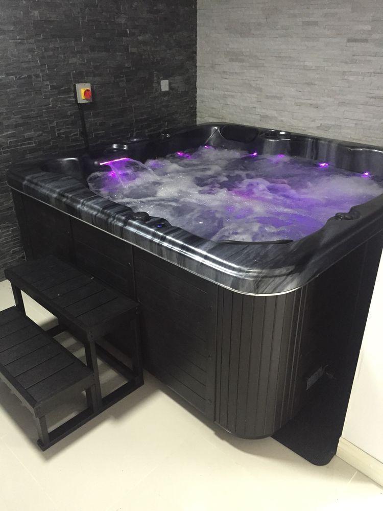 Quality Hot Tub New Miami 6 Person Seater USA Balboa System *Black ...