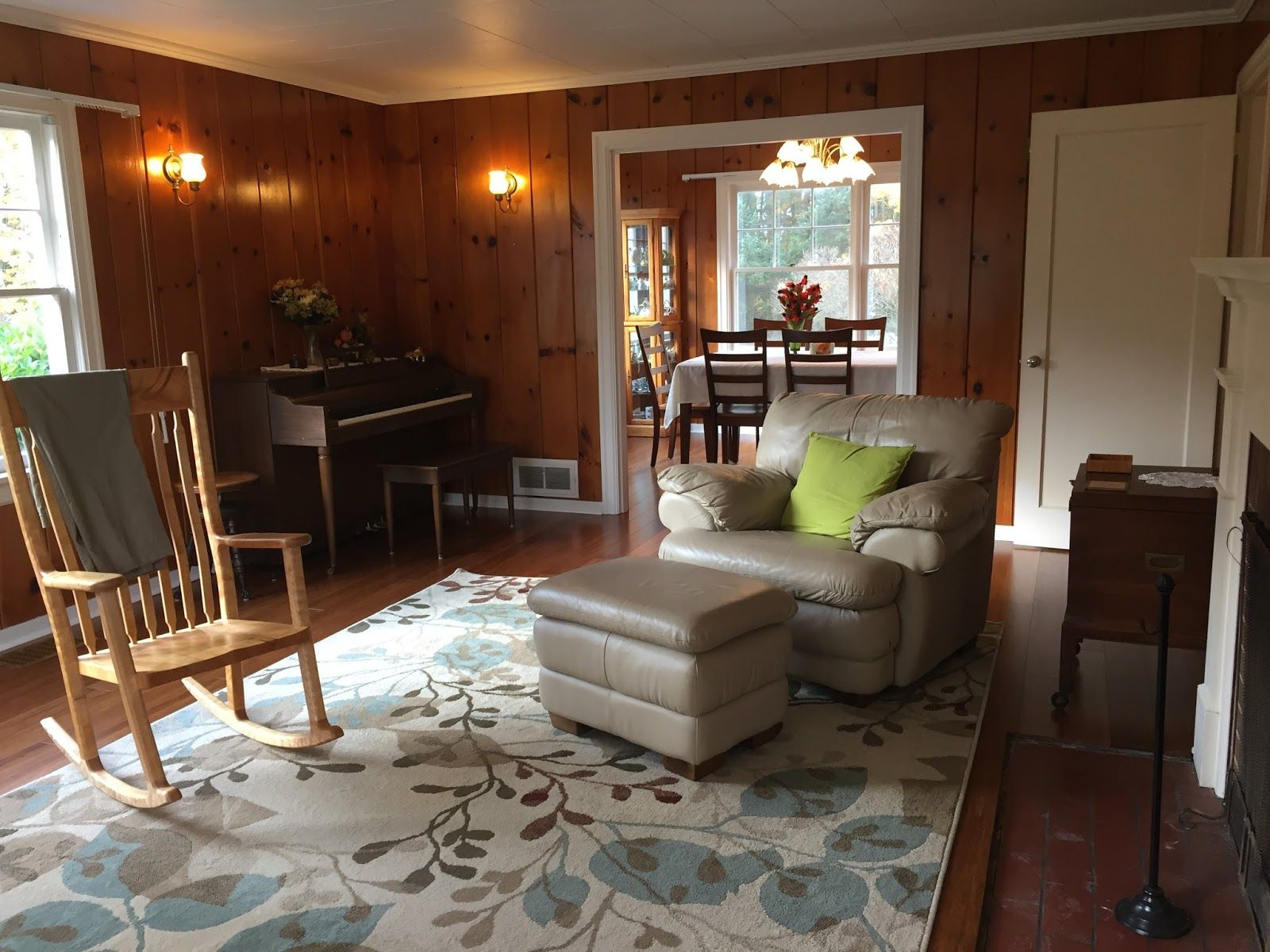 Decorating A Room With Knotty Pine Walls Knotty Pine Walls Knotty Pine Living Room Pine Walls