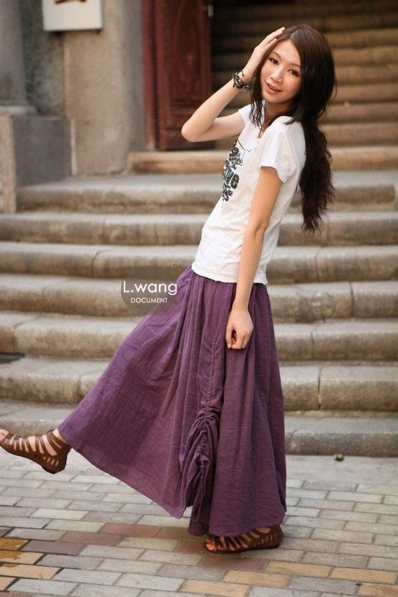 i love the hair and the skirt and the shoes.... <3