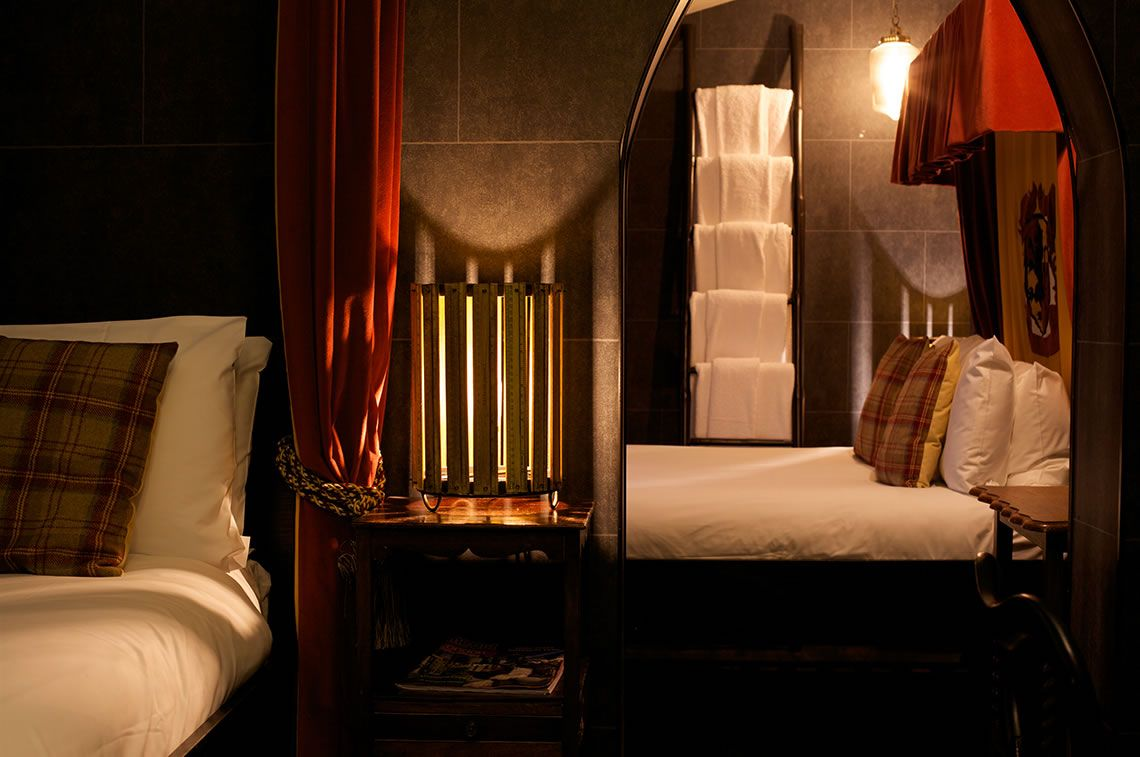 Images And Features Of The Atmospheric Wizard Chambers At The Georgian House Hotel In London Georgian House Hotel Georgian House Hotel London Georgian Homes