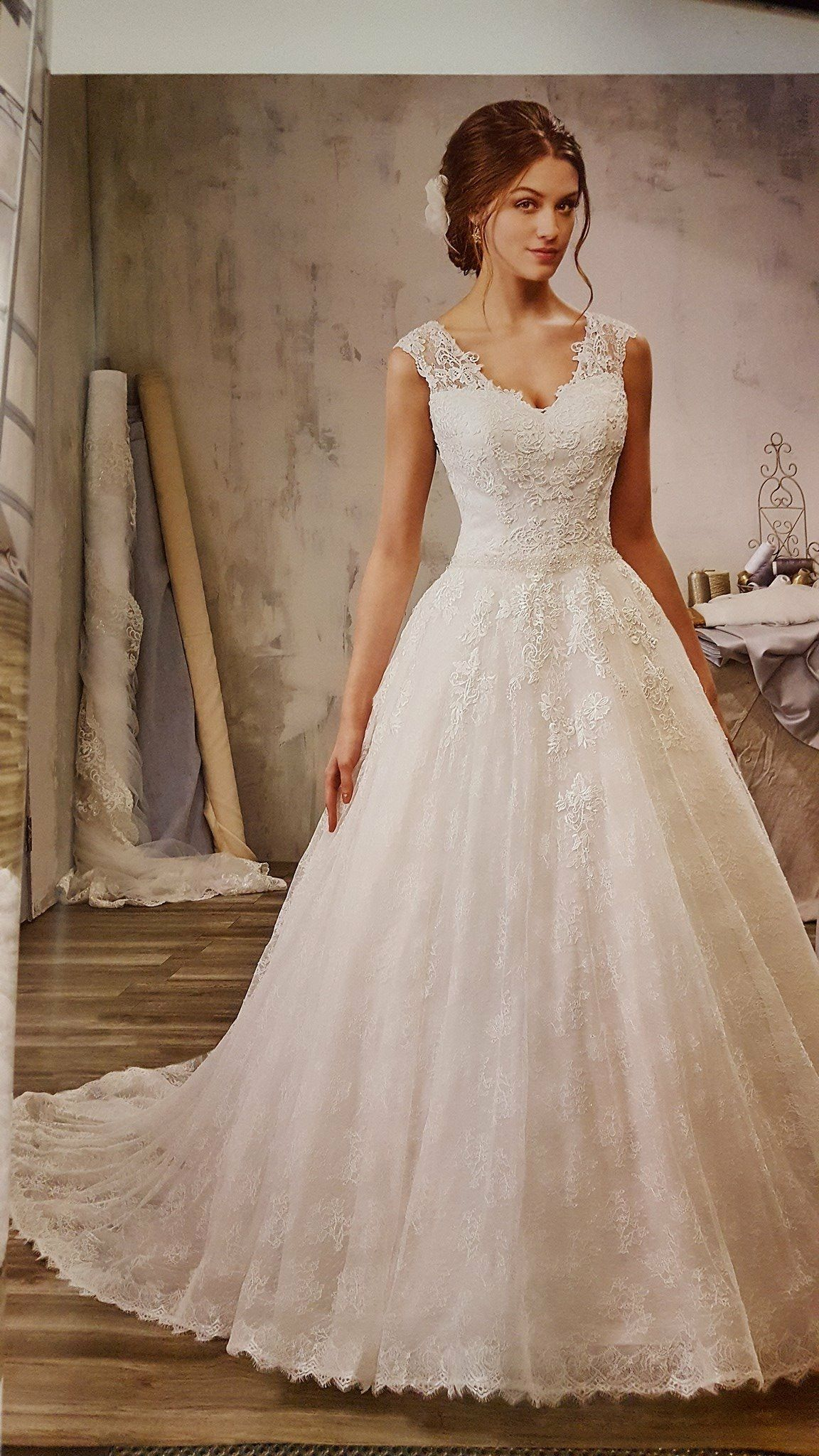 Pin by Diana on Wedding Sleeveless wedding dress