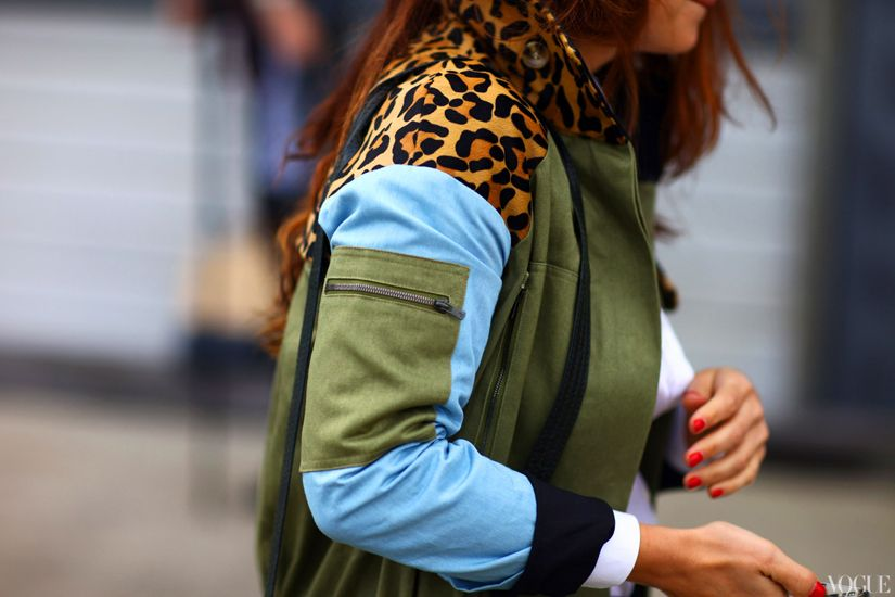THE JACKET! leopard print, militar green, light blue denim. Streetstyle look. Women's Fashion. Style Inspiration
