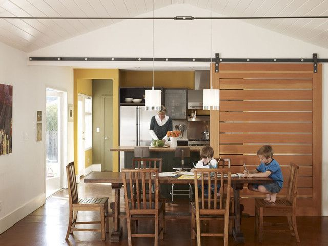 gleitüren innenbereich scheune stil holz küche esszimmer porta - küche mit esszimmer