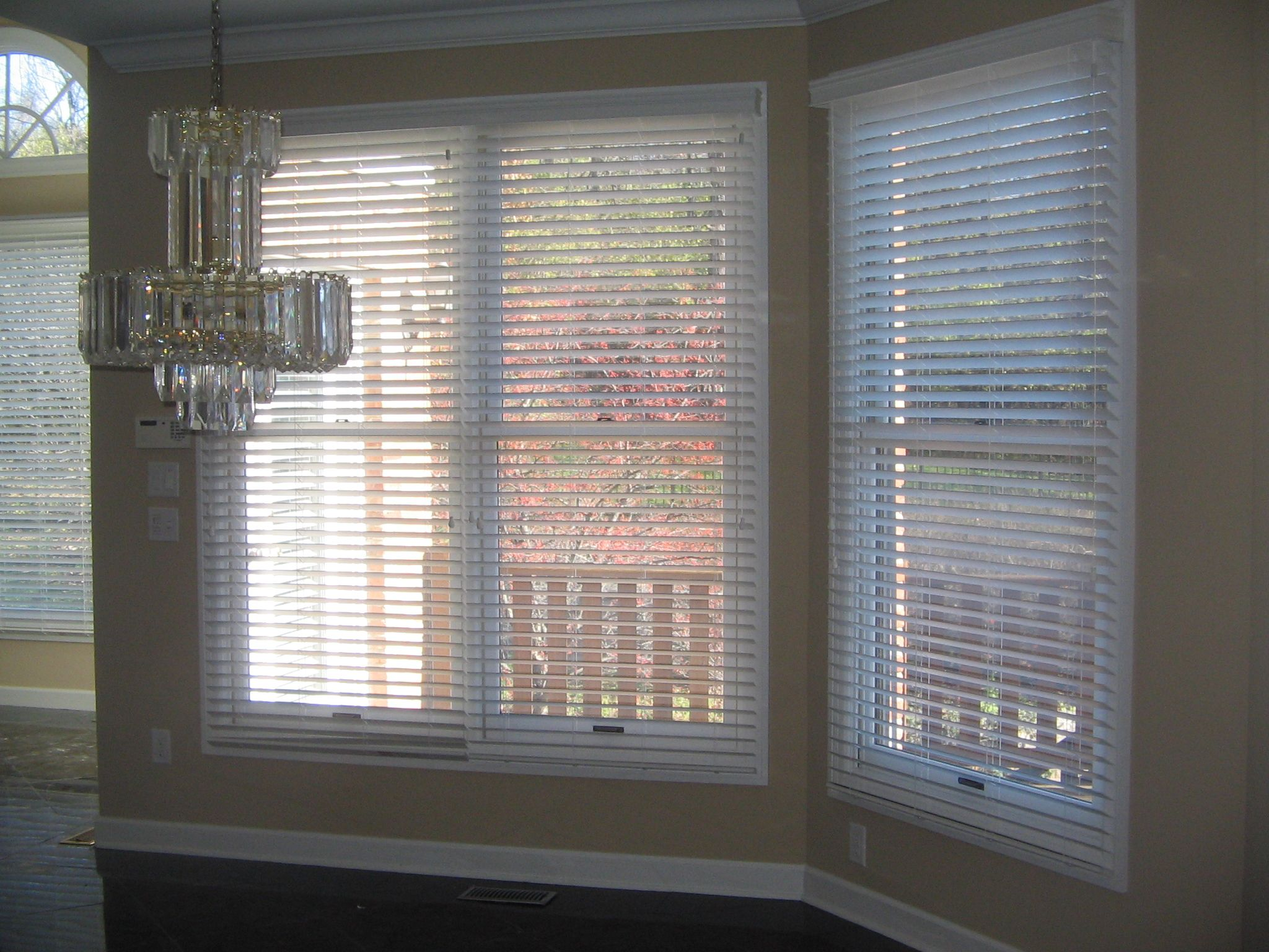 Stained Molding White Blinds Google Search Blinds