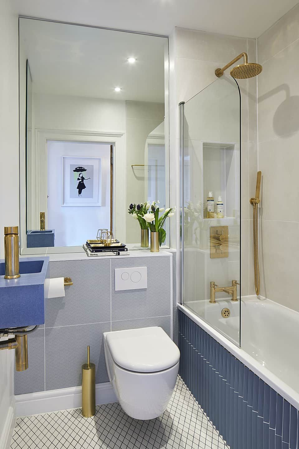 16 Best Small Bathroom Trends 2021 That Are Rule Breaking In 2020 Small Bathroom Trends Bathroom Design Small Modern Bathroom Design Small