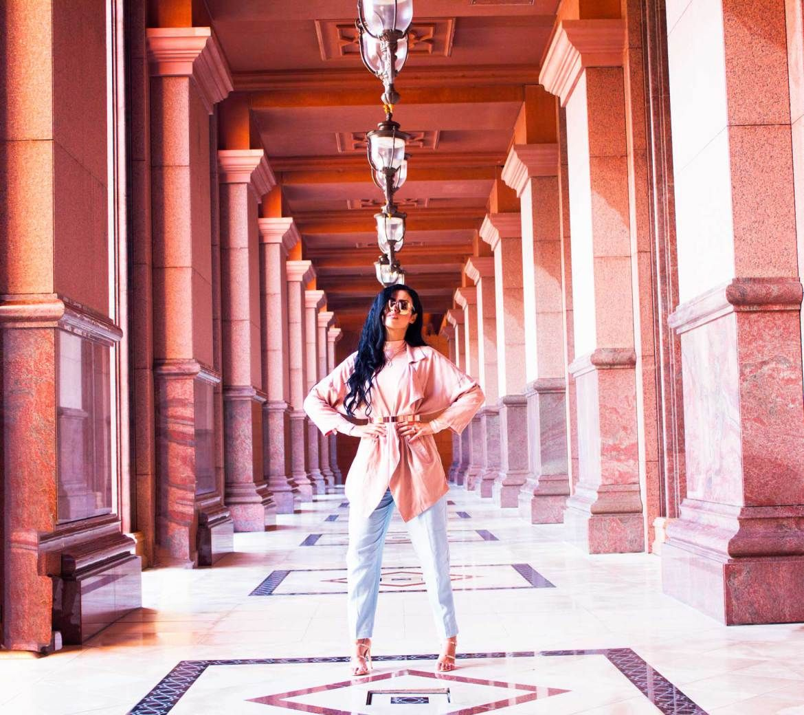 emirates palace in abu dhabi fashion shoot inside the palace it s rh pinterest com