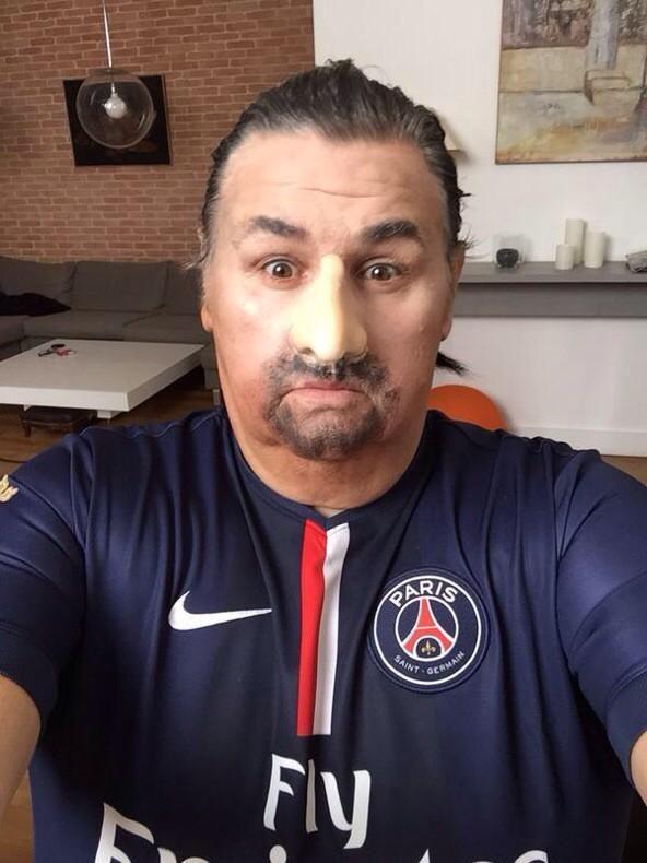 Pierre Ménès se déguise en Zlatan - http://www.actusports.fr/125872/pierre-menes-se-deguise-en-zlatan/