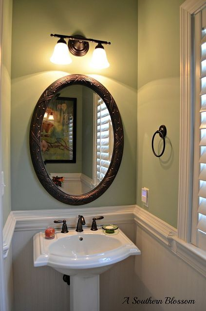 half bath makeover using beadboard wallpaper and behr paint in 2019 rh pinterest com