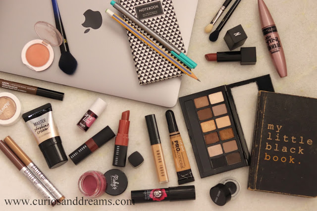 Curios and Dreams | Makeup and Beauty Product Reviews : It