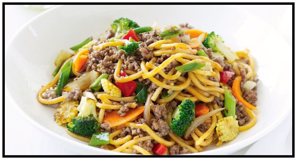 64 Reference Of Chicken Noodles Stir Fry Recipe In 2020 Mince Recipes Chicken Stir Fry With Noodles Noodle Dishes