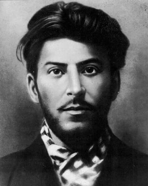 Т.И.Е. Фото из интернета. Сталин в молодости. | Лицо