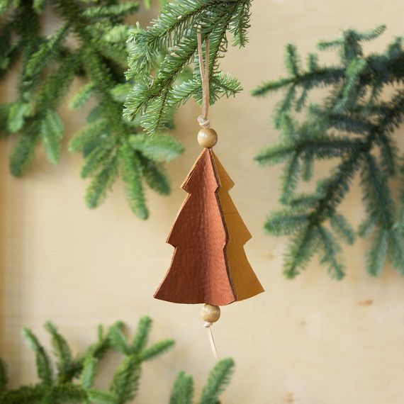 3 Easy Steps To Make This Teeny Tiny Christmas Tree Ornament Diy Christmas Tree Ornaments Christmas Ornaments Christmas Tree Themes