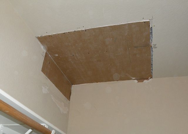 Knowing How To Repair Large Sections Of Drywall Is A Good Skill To Have Home Improvement Diy Home Repair Home Fix Home Repairs