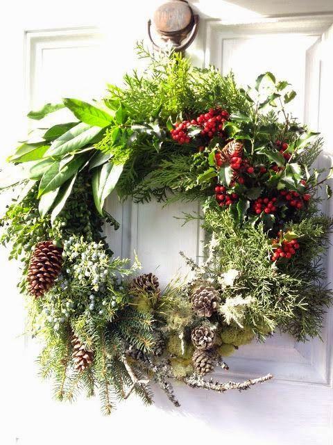 Décorer sa porte du0027entrée pour Noël Wreaths, Xmas and Christmas