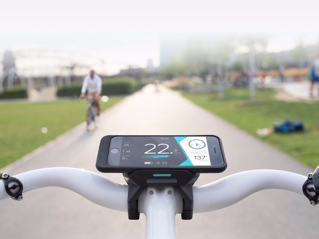 Cobi Hands Free Bike System Makes Handlebars A Connected Dashboard