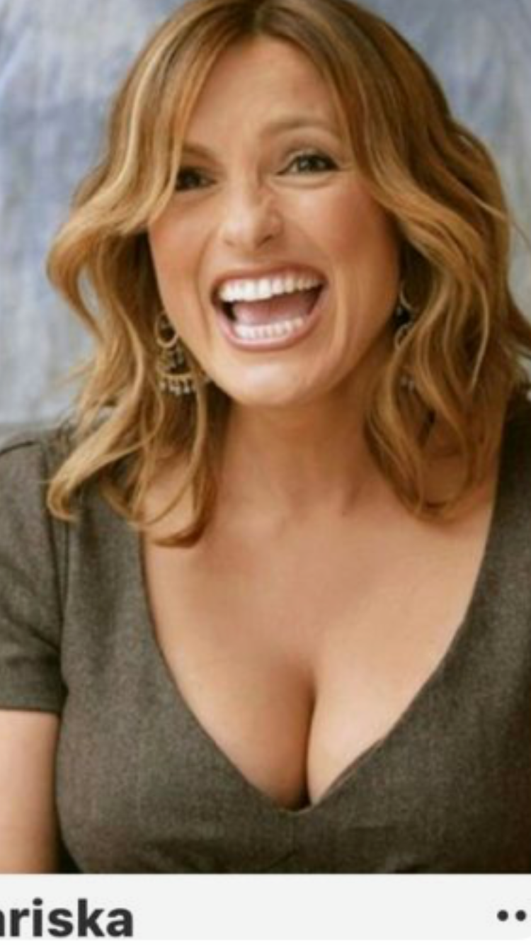 Pin By Vincent L Ewers On Actresses In 2019  Mariska -9338