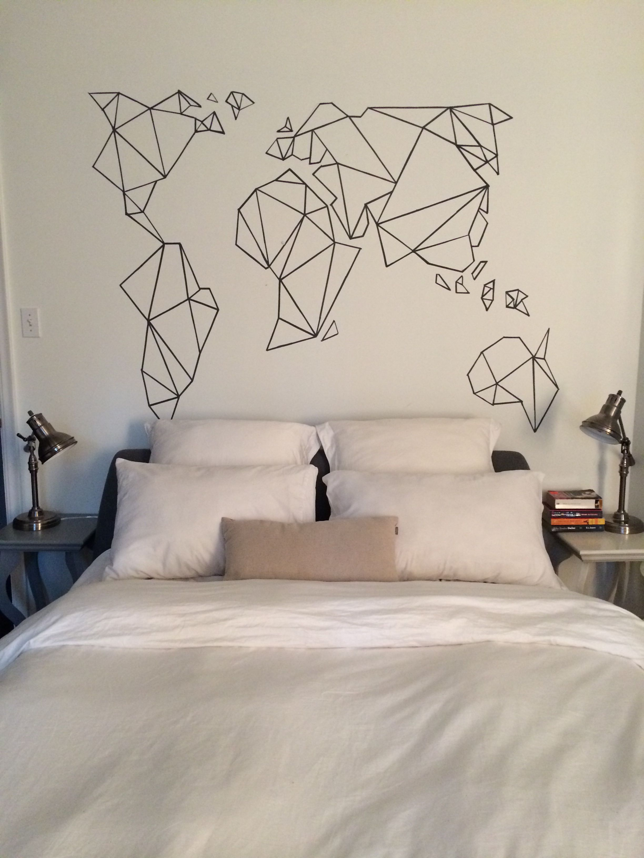geometric world map headbord all you need is a sharpie and a white rh pinterest fr