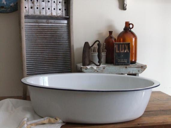Elegant Vintage Large White Enamelware Oval Wash Basin Baby Bath Tub