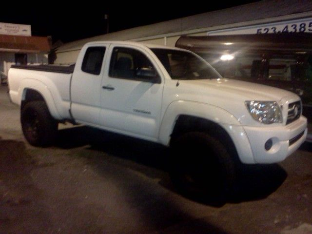 toyota tacoma white with black rims vision board pinterest rh pinterest com