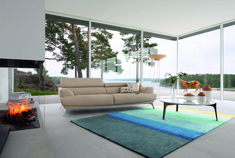 Roche bobois portofino leather sofa design sacha lakic for Canape roche bobois kenzo