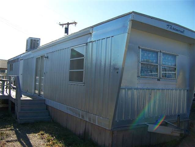 The Mobile Home Represents Affordable Home Ownership Http Www Mobilehomerepairtips Com Contains Preventive Maintenance T Mobile Home Home Manufactured Home