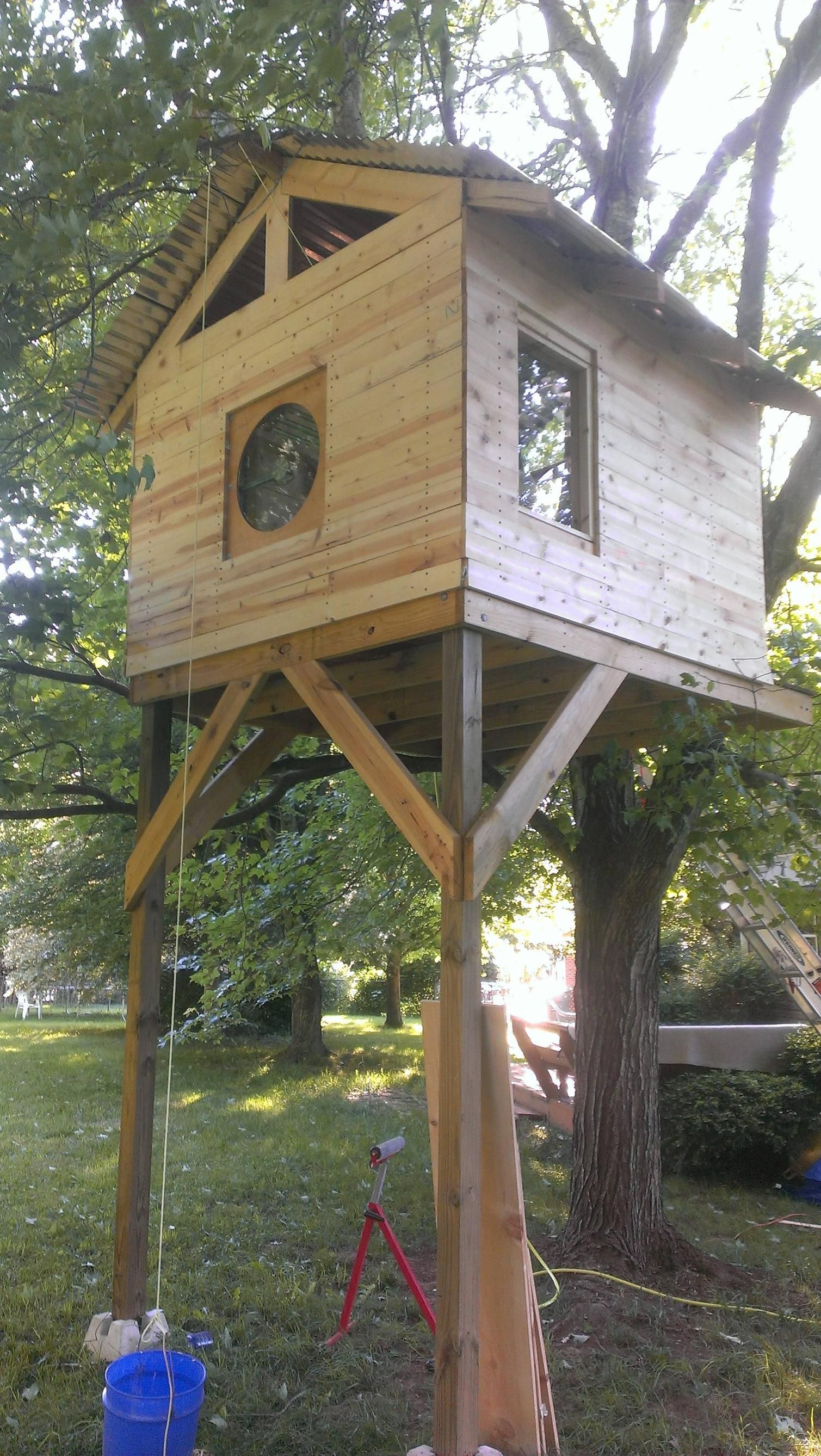 more trim up almost done treehouse pinterest tree houses