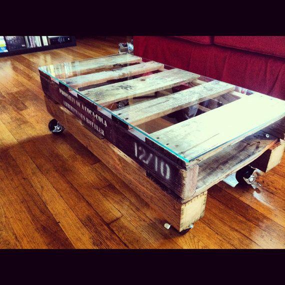 pallet reclaimed lumber casters coffee table by palleteers rh pinterest com