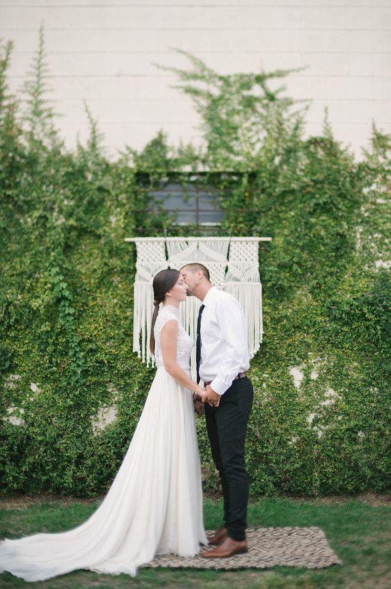 backyard wedding ceremony decoration ideas%0A Industrial minimal wedding   Modern wedding ideas       Layer Cake