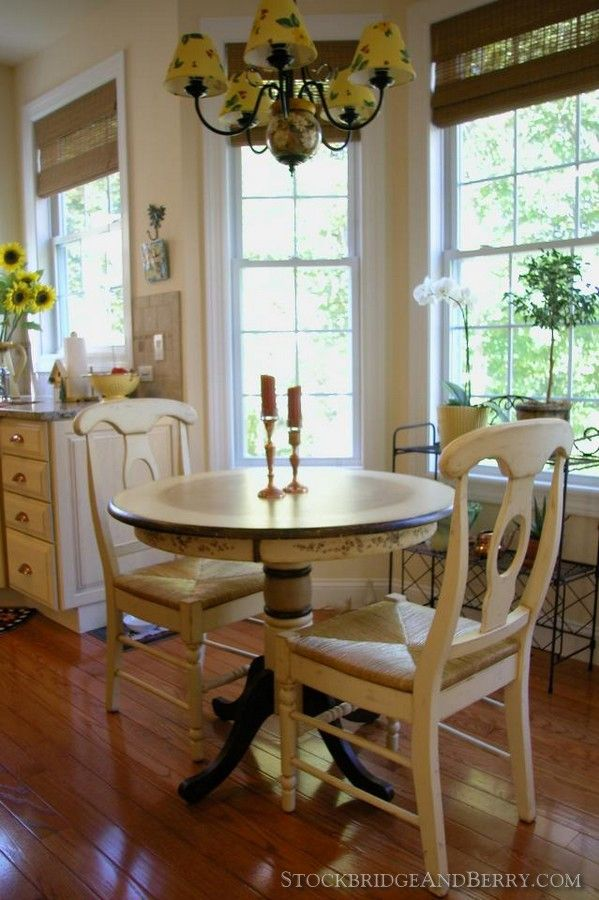 cottage style breakfast nook ideas for the house corner dining rh pinterest com