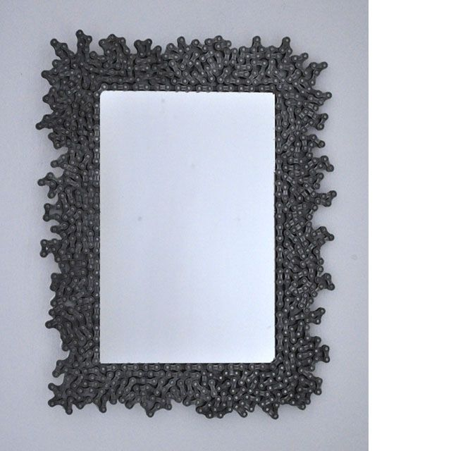 TributeToBikers - mirror made of bikechains