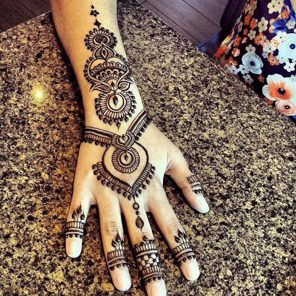Back Mehndi Designs For Karwa Chauth Valoblogi Com