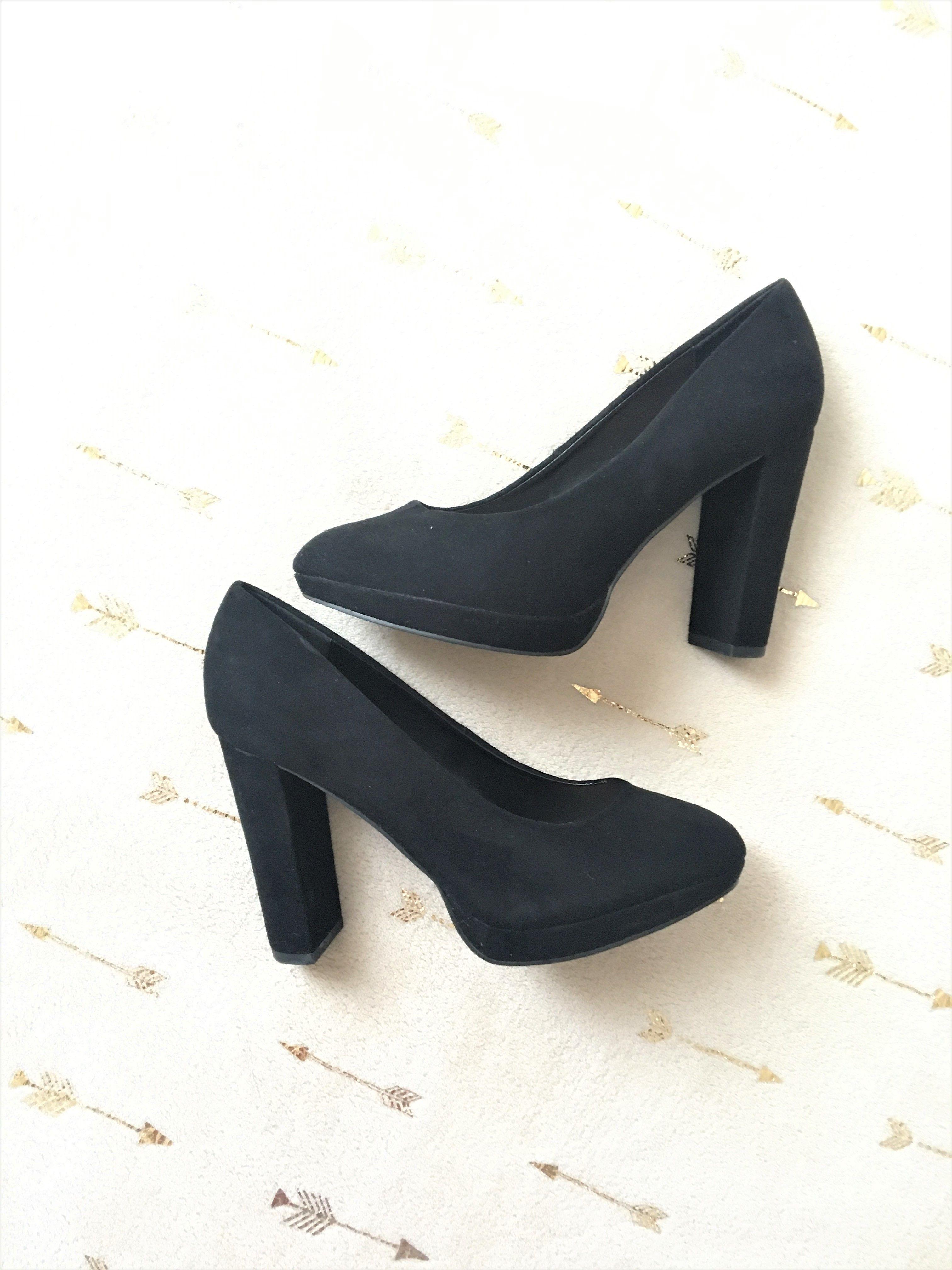 d8d3107e170835 À vendre sur : #vintedfrance #vinted #vintedfemme #femme #chaussure  #chaussurefemme