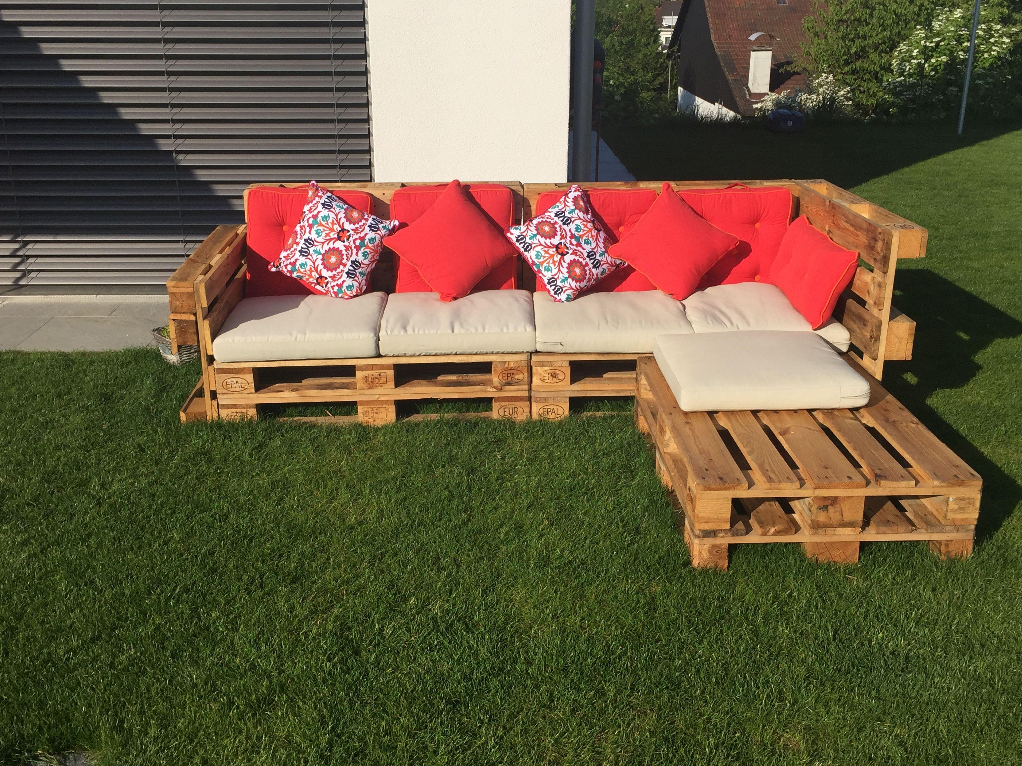 gartenlounge sind cool grad jetzt im sommer ist es toll sich nach feierabend auf eine. Black Bedroom Furniture Sets. Home Design Ideas