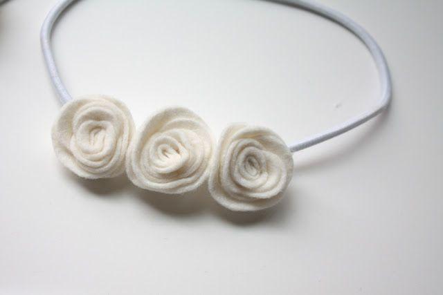 felt rolled flowers