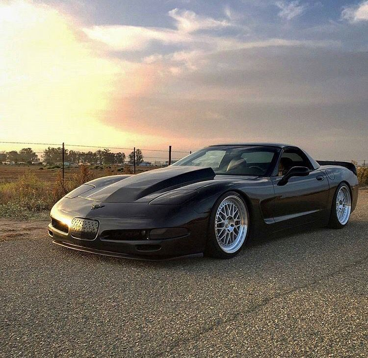 Slammed Vette (With images) | Chevy vehicles, Custom muscle cars ...