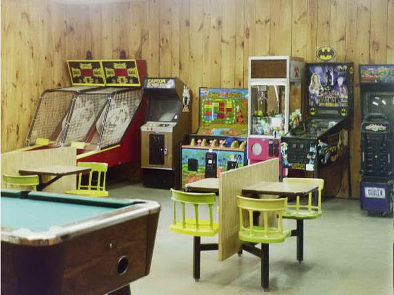 15 funtastic game room ideas for kids and familly home design rh pinterest com