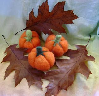New Zealand Handmade: Needle Felted wool Pumpkin Tutorial