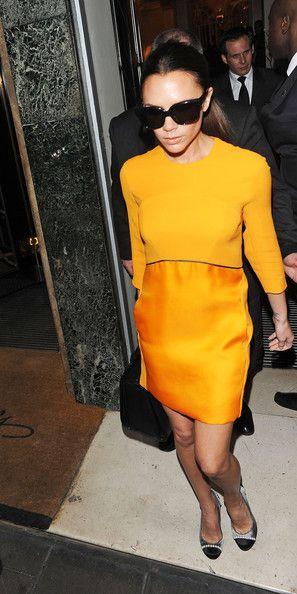 Victoria Beckham Warm sunny dress - Victoria Beckham Looks - StyleBistro