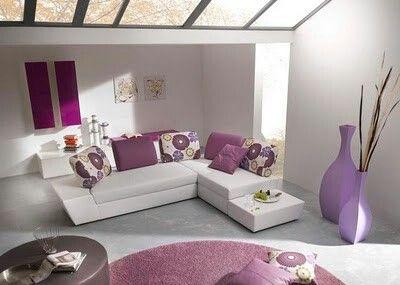 Blanco y tono lila