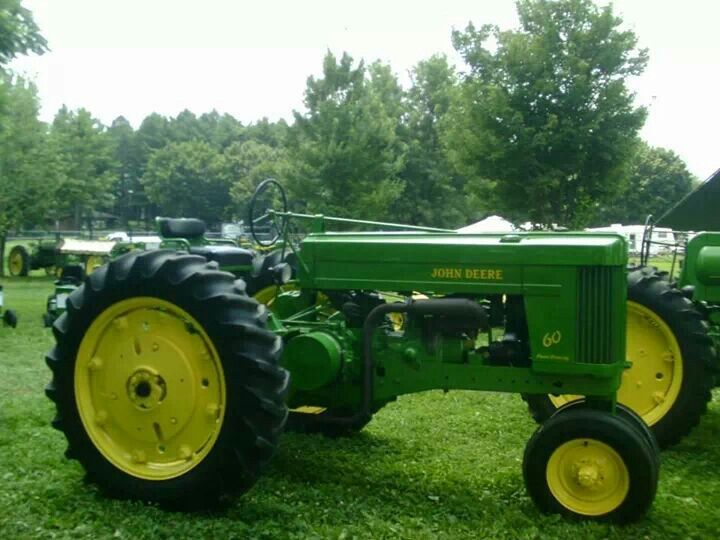 Old Cylinder Tractor : John deere two cylinder model row crop with rear