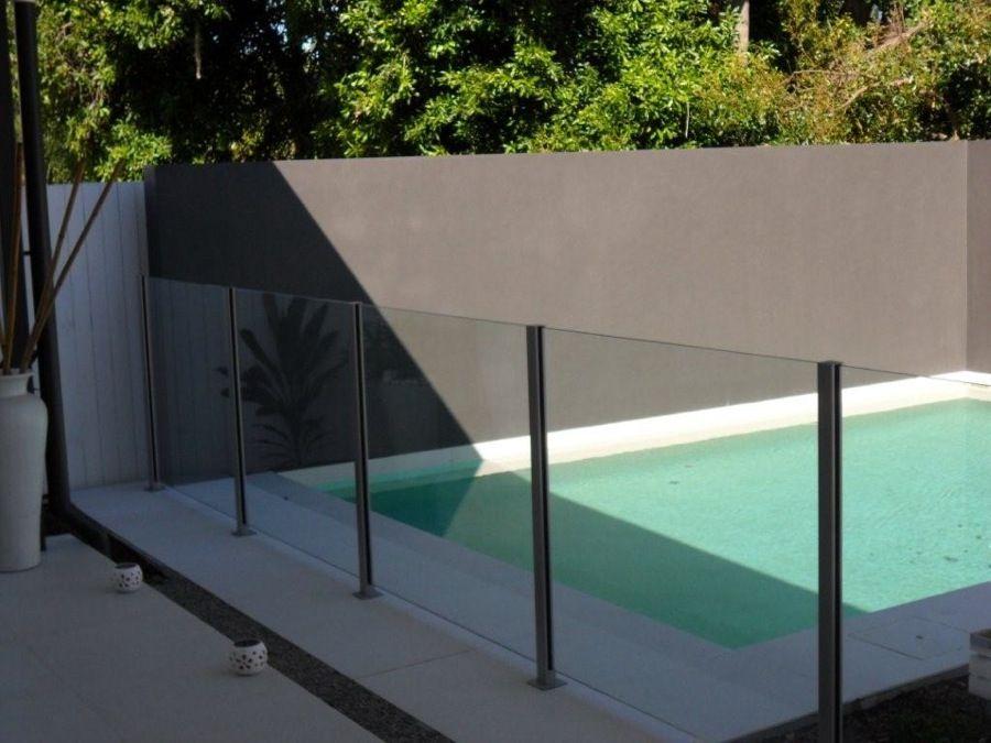 Plexiglass Around Pool Pool Fence Glass Pool Fencing Fence Around Pool