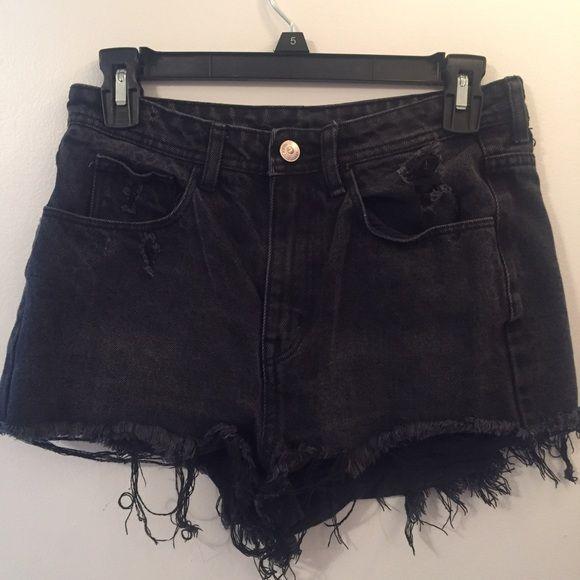 h&m high waist denim shorts !! H&M high waisted distressed shorts ...